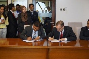 Signing the Agreement with Mr. Balamurugan of Centre for IMT-GT on cooperation